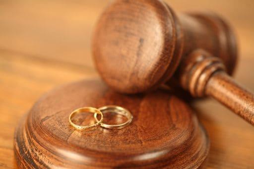 Read more about the article Tradimento del coniuge, c'è indennizzo solo se questo rovina la reputazione dell'altro coniuge